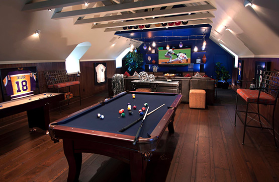 Man cave Pool Table Decor