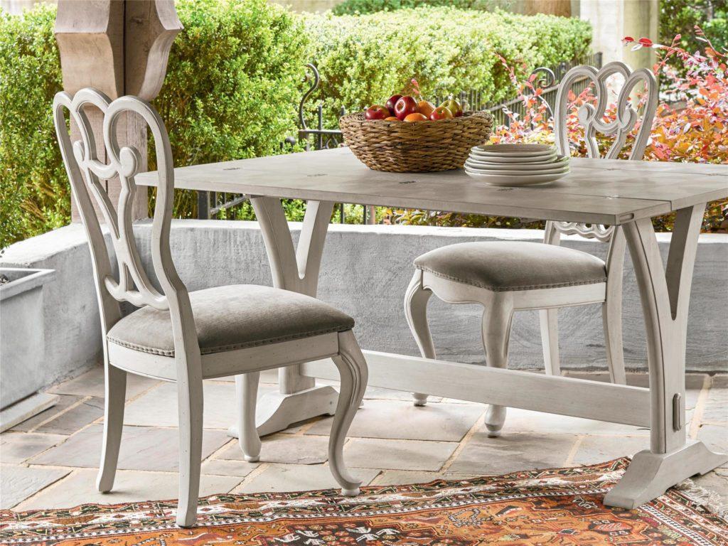 Universal Furniture Elan Flip Top Table Outdoor