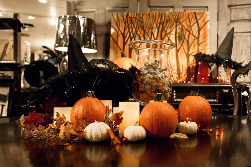 2016 Halloween Home Ideas Decorations Coulters Furniture Centerpiece 2 15 Easy Halloween Decoration Ideas For Your Home